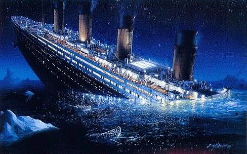 titanic-sinking-underwater